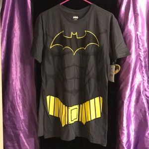 DC Comics Shirts - Batman Shirt with removable cape